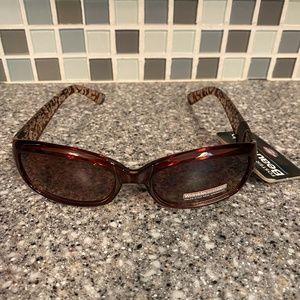 Foster Grant Beauty Lab wrinkle defense sunglasses